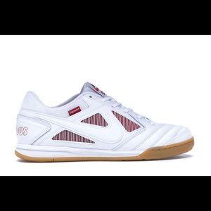 Nike x Supreme SB Gato